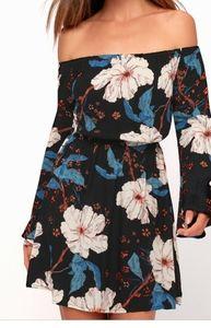 NWOT! BILLABONG Floral Bell Sleeve Dress S